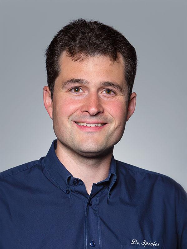 Dr. Christof Spieler